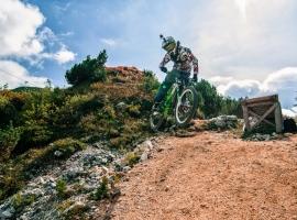 Primož Ravnik - whip @ Vogel bikepark, Slovenia